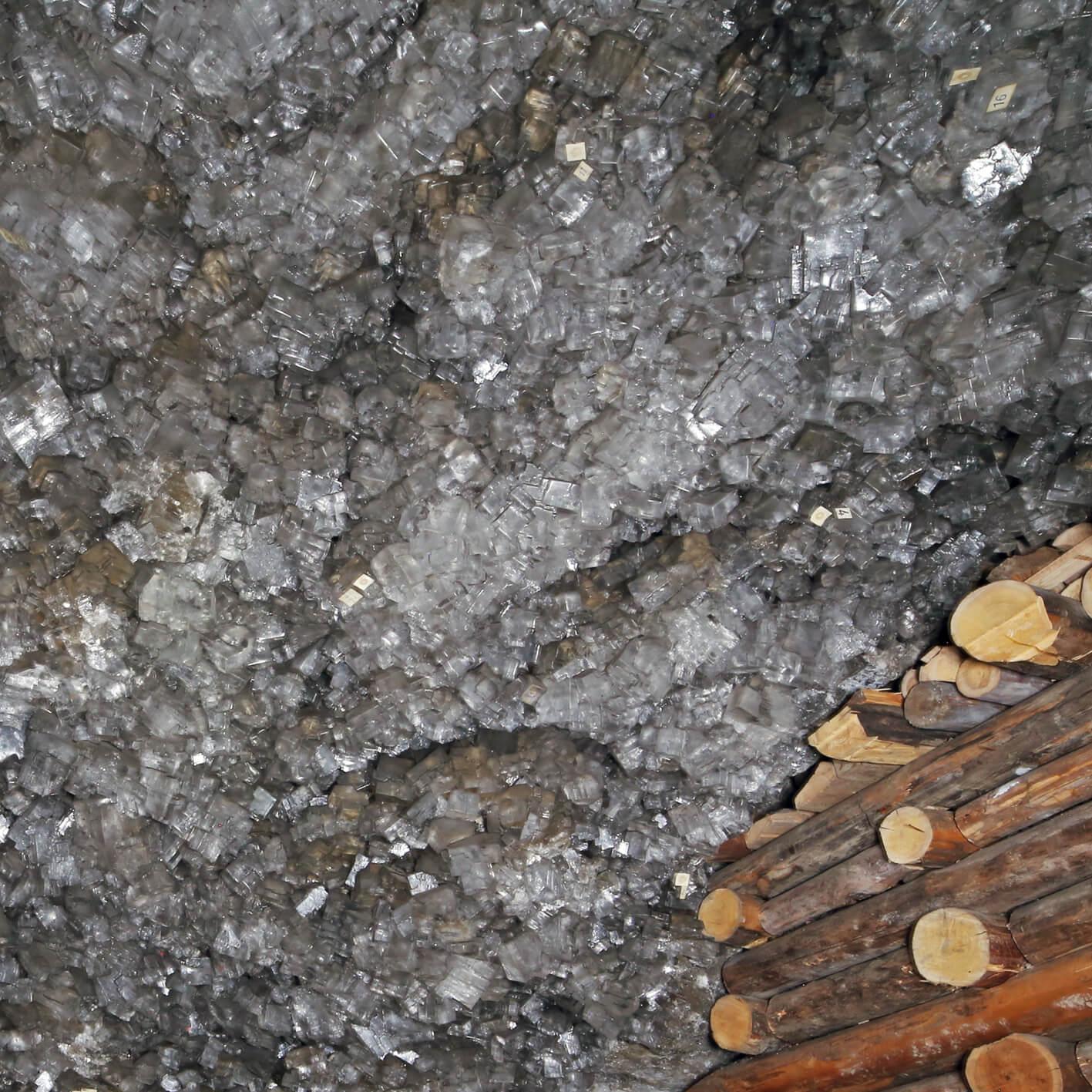 Fragment Dolnej Groty Kryształowej