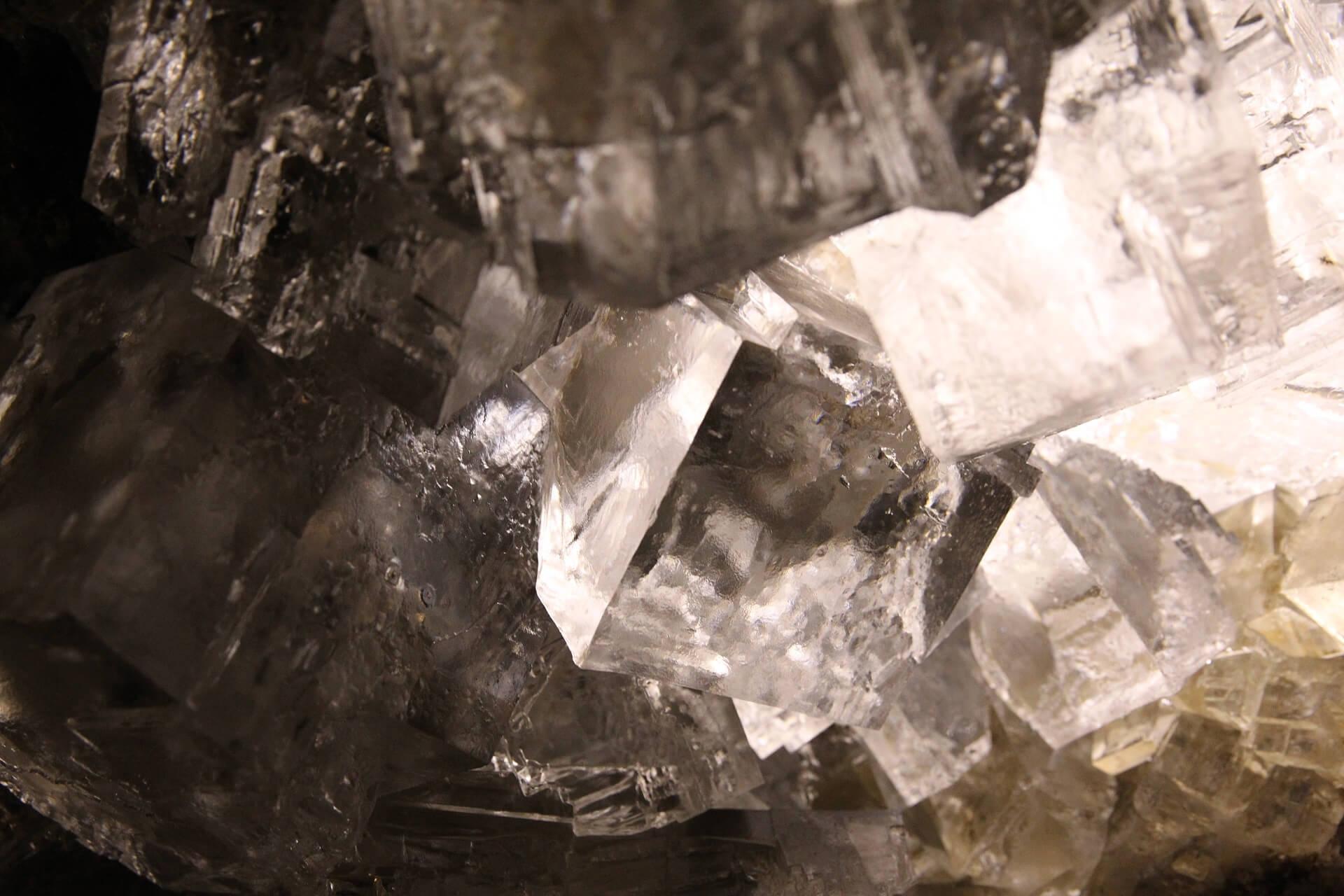 Kryształy w Grotach