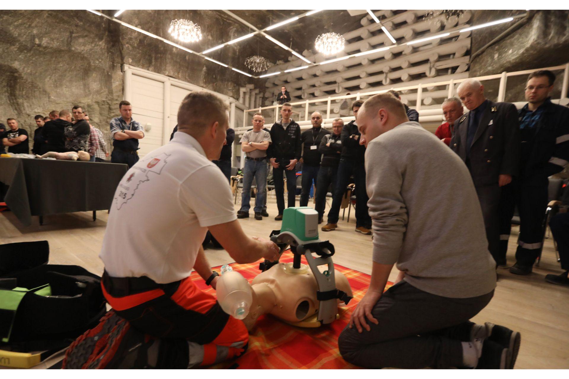 Szkolenie udzielanie pierwszej pomocy urządzenie Lukas